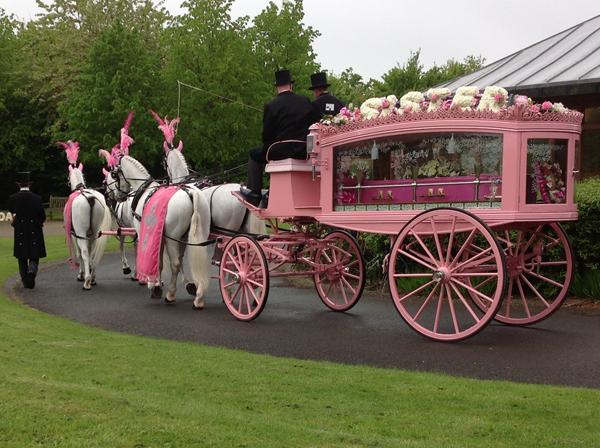 gypsy-horse-drawn-funerals